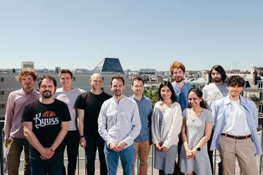 Logo de la startup C12 Quantum Electronics annonce une levée de fonds de 10 millions de dollars